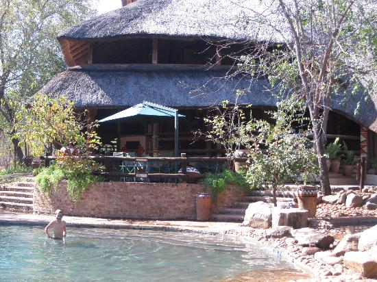 Lokuthula Lodges: The pool at The Boma