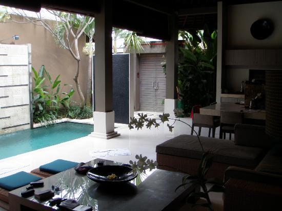 Ahimsa Lounge Pool Picture Of Ahimsa Beach Resort Jimbaran