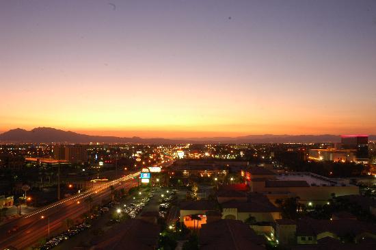 แพลทินัม โฮเต็ล แอนด์ สปา: View from the room facing east