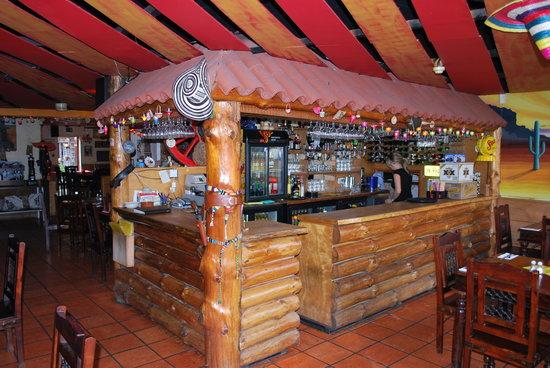 Chico's: Bar area