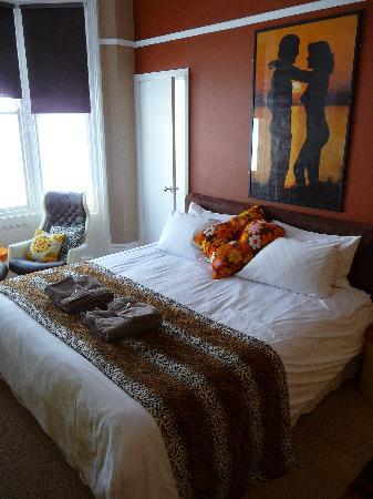 Snooze: Room 5, King sized bed, with original 60's furniture, lights and artwork