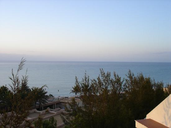SBH Crystal Beach Hotel & Suites: Balkon mit Atlantik