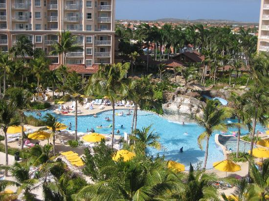 Marriott's Aruba Surf Club: Pool View from the 6th Floor