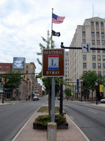 Mansfield, Ohio: the median