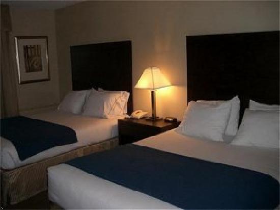 Holiday Inn Express St. Jean sur Richelieu: chambre