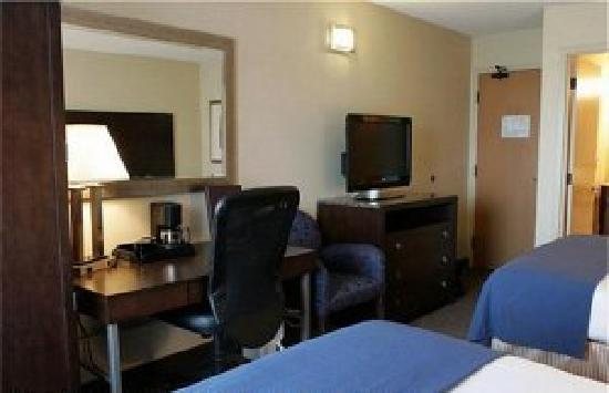Holiday Inn Express St. Jean sur Richelieu : chambre