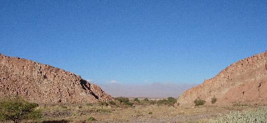 Alto Atacama Desert Lodge & Spa: Vom Zimmerterrasse nach Süden