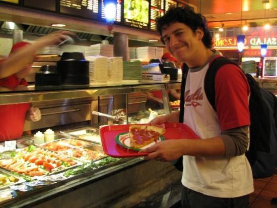 Famous famiglia pizzeria dress code for Casa famiglia new york