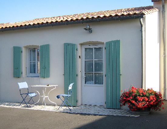 Hotel La Galiote : une chambre avec sa terrasse