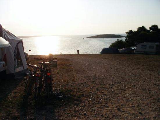 Premantura, โครเอเชีย: il saluto del sole - camping stupice