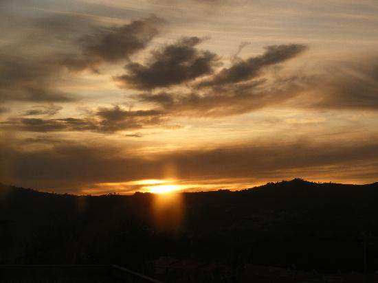 Hotel Lamego: sunrise from our window