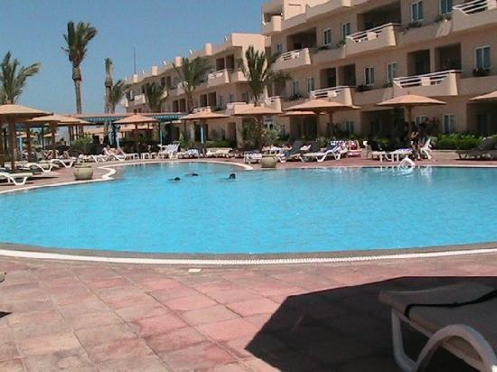 Movie Gate Golden Beach Hotel : New Swimming Pool