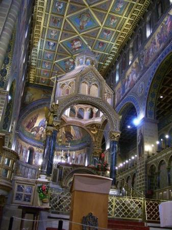 Pecs Cathedral : Pécs Cathedral is probably the most beautiful Roman Catholic church I´ve seen so far.