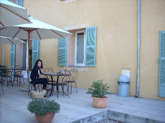 Hotel Les Cigales: Hotel Terrace
