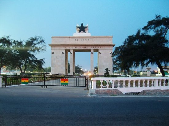Аккра, Гана: Independance Square Osu, Accra, Ghana the Arch of Independance Erected in 1957