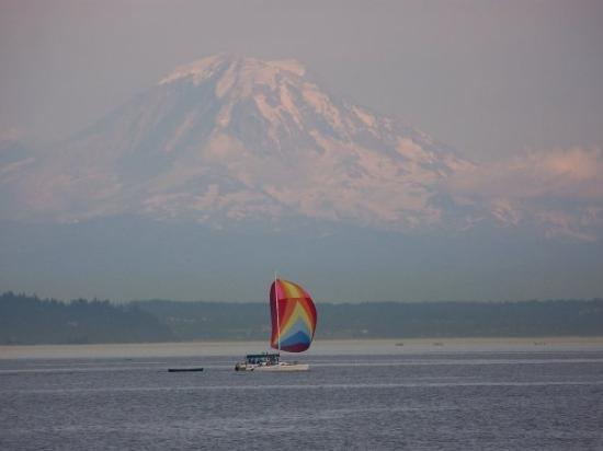 Blake Island State Park: Mt. Ranier from a distance, as viewed from Tillicum Village on Blake Island.