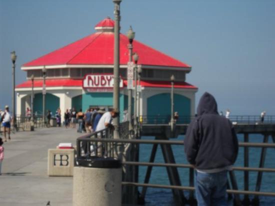 Rubyu0027s Diner: Huntington Beach Pier
