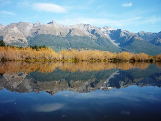 Queenstown, New Zealand: humbolt mts glenorchy lagoon april 09