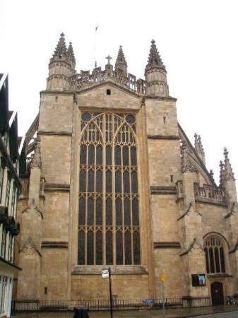 Bath Abbey: Cathedral in Bath...where the first king of England was crowned