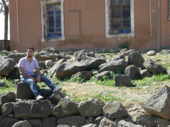 Bosra, ซีเรีย: waiting for......