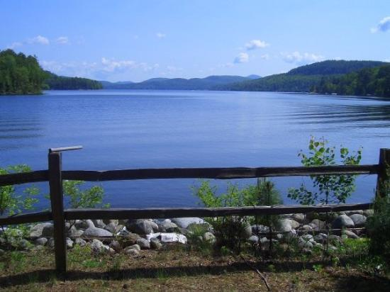 Lake the front view picture of schroon lake new york for Lake front view