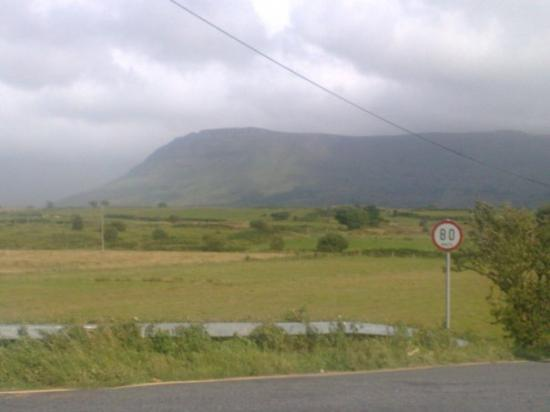 Donegal Town, Irlanda: road to Donegal