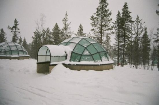 Ivalo Finland  city photos : Kakslauttanen, Ivalo, Finland, Snow igloos being built. 11am ...