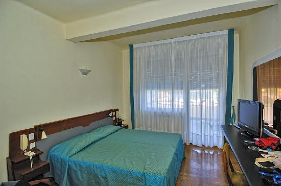 Park Hotel Suisse : Side room 1