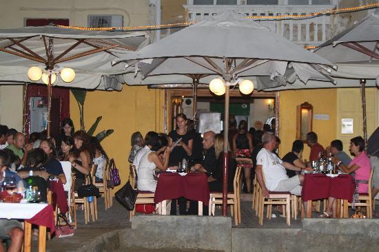 Ta' Karolina: Evening service, Standing room only