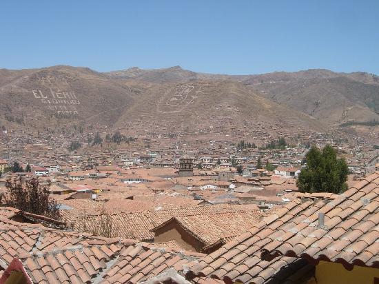 B&B-Hotel Pension Alemana: Vista de Cusco desde la habitación