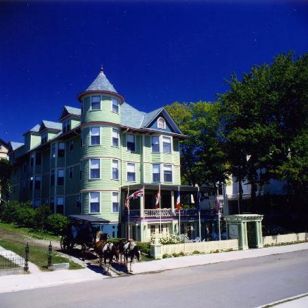 Inn on Mackinac : View of Inn From Street