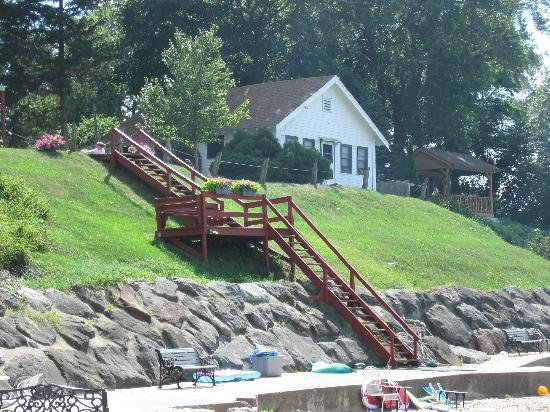 Cottages at the Water's Edge: The steps to beach area