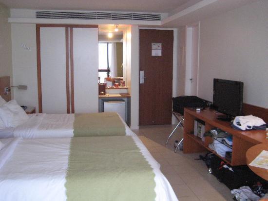 PortoBay Rio Internacional Hotel: Ocean Front Two Twin Bed Room