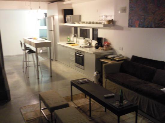 Hollywood Suites & Lofts: palermo loft - kitchen