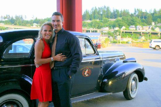 Cannery Pier Hotel: Free Limo Service