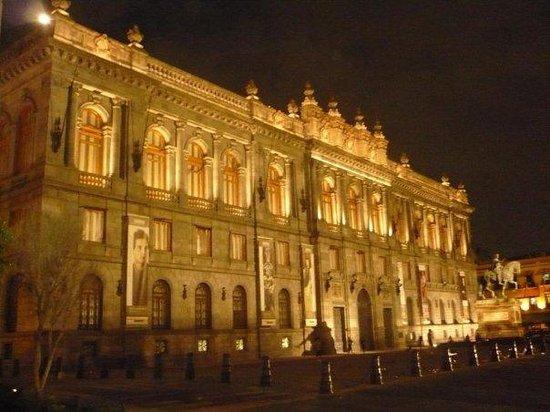 Historic Center (Centro Historico): Museo Nacional de Arte en Centro Histórico de la Ciudad de México, la más hermosa y chida del mu