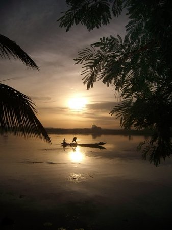 Acra, Gana: Sunrise in Krobo at the Volta Lake in Ghana...just before a baptism service...