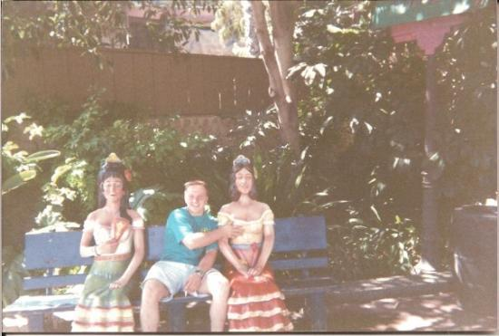 """Knott's Berry Farm: Another good friend back in the day.  Ethan Smith, along with his two """"girls friends"""" at Knotts"""