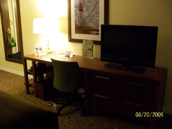 Doubletree Collinsville/St. Louis: Collinsville desk