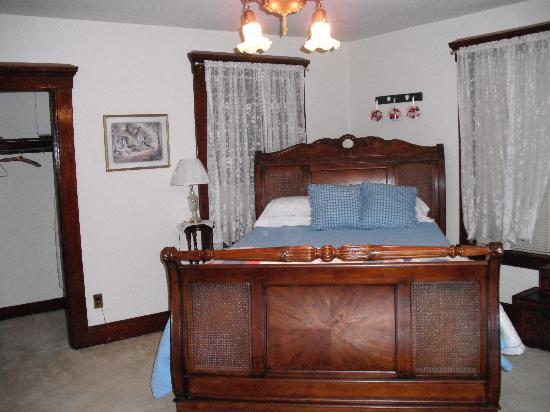 The Baker House Bed & Breakfast : Nice room