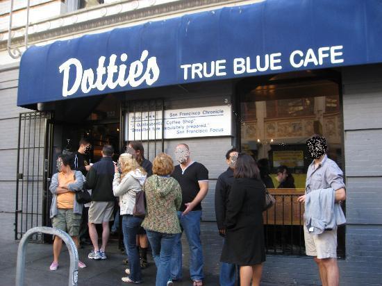 Dottie's True Blue Cafe: Outside