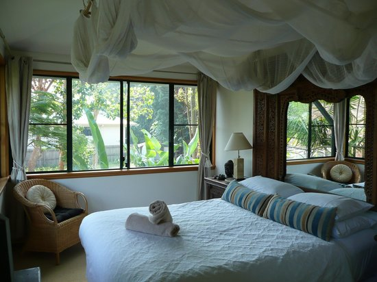 """The Crest Byron Bay : Master bedroom with the """"tent"""" as our young child called it"""