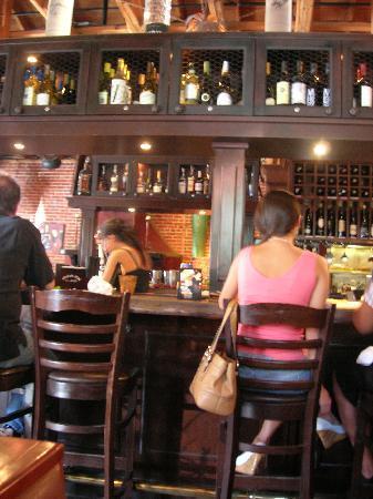 Cafe Fiore Restaurant : Bar