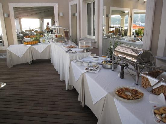 Hotel Excelsior: Breakfast Buffet
