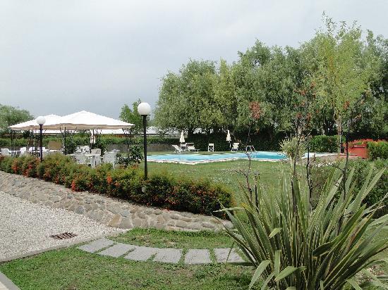 Casolare dei Fiori: piscine