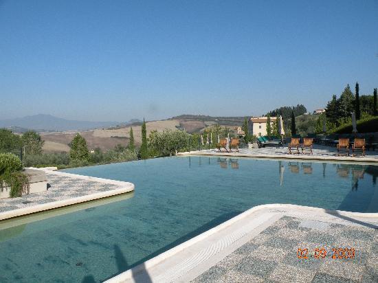 San Casciano dei Bagni, Italien: piscina termale dell'hotel