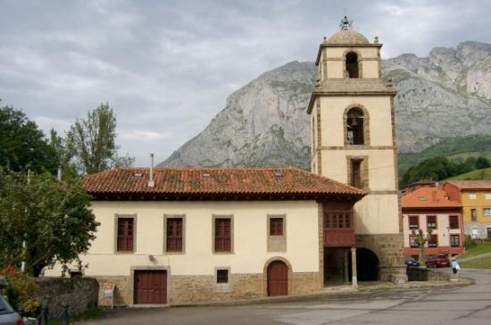 Teverga Municipality, Spania: Colegiata , Teverga