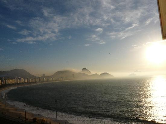 Orla Copacabana Hotel: encore une vue de lever du jour