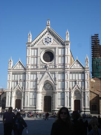 Basilica di Santa Croce: Santa Croce, where Michelangelo is buried.
