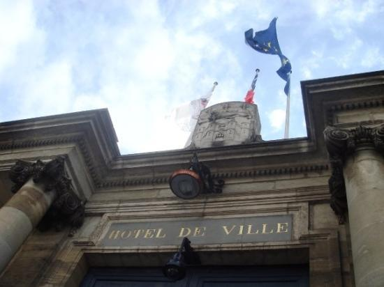 Hotel de Ville (Ayuntamiento): City Hall